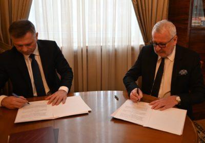 Umowa owspółpracy zNaczelną Izbą Lekarską